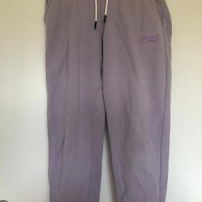 Superdry bukser & tights