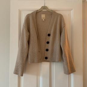 Lækker uld cardigan fra H&M trend :-)