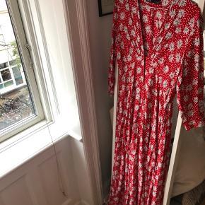 Fin kjole. Brugt et par gange