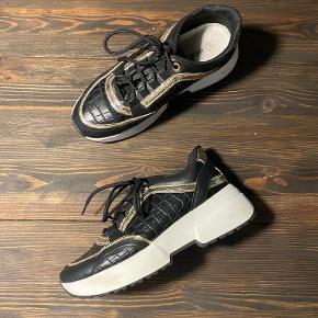 Marquiiz sneakers