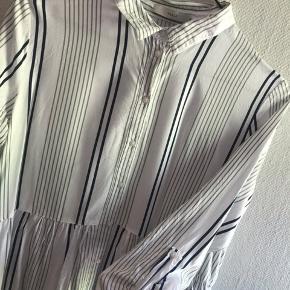 Fin tunika kjole fra Pigalle