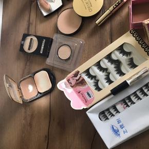 Blandet make up, hår farve og øjenvipper  Noget er brugt andet er nyt  Mærker som  Max factor Loreal No 7 Essence  Rimmel London Dior Chanel Wet n Wild Hypnose  Og flere til