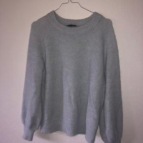 Sælger denne smukke trøje fra Selected Femme, da jeg ikke får den brugt mere. 😇🦋