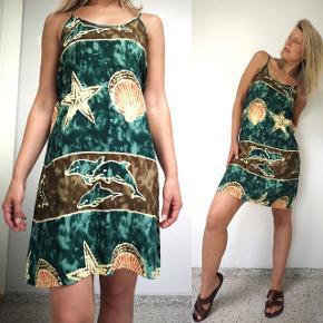 Vintage kjoler med det fineste batik print.