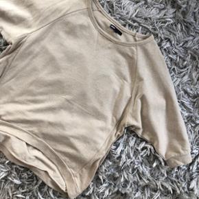 Minimum bluse trøje sweatshirt Str XS ( lidt overisize) Np 499kr Brugt 2 gange