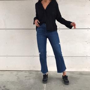 Sælger hele sættet 💗🌸  - Sort skjorte fra Envii - Jeans str 26 Rebecca Minkoff