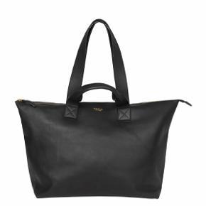 Fun læder taske fra Stolbjerg. Brugt en lille smule, men er velholdt. Dustbag og kasse hører med :)  Mini Big bag
