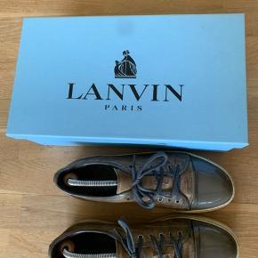 LANVIN Sko Str. 43 - fitter 44/45 Kvittering, box og dust bag medfølger Nypris: 3000 kr  Skriv for yderligere information