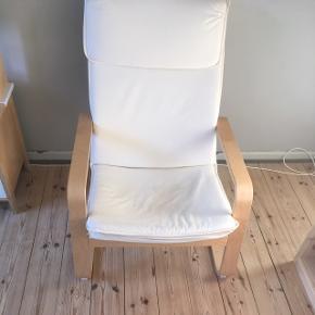 IKEA Pello lænestol. Flot stand, dog en plet på betræk (se billede)