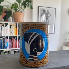 Original Cirkel kaffedåse med plastik låg