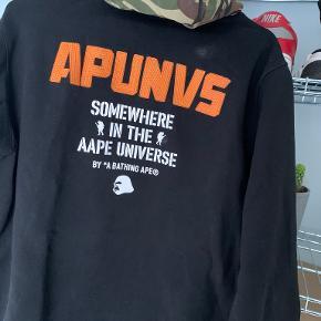 A Bathing Ape hættetrøje