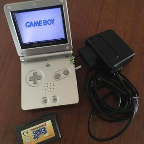 Nintendo GameBoy Advance SPSpil -  Super Mario Advance Super Mario Advance 4 Strømkabel medfølger