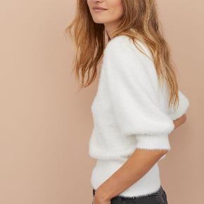 Fluffy sweater fra h&m. Brugt 2 gange. Fejler intet