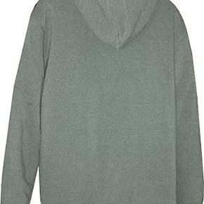 Dejlig varm sweattrøje fra Nonstop i str XL. Trøjen er brugt et par gange og er i fin stand