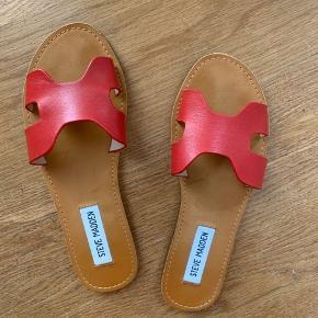 sandaler fra Steve Madden❣️ De er dsv for smalle til mig:(