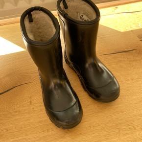 Varm gummistøvler