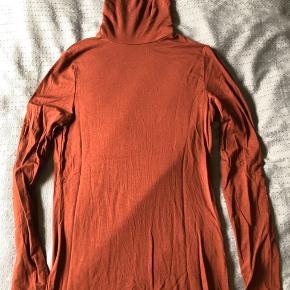 Aware fra Vero moda Farven er mere mørk rust