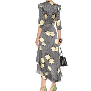100 % silke  Calla printed stretch-silk wrap dress