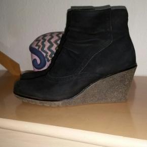 Lækre ruskind støvler str. 39 Hælhøjde: 7 cm