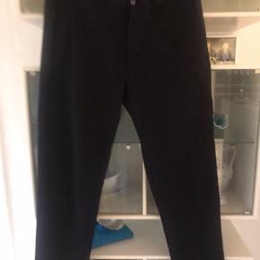 Zara str 31 / 31  virkelig flotte bukser aldrig vasket