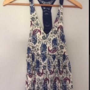 Ful gulvlang kjole.. Pris 200 pp via mobilepay..