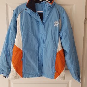 Helt ny vinterjakke/ski jakke i str. M  Aldrig brugt   30pp