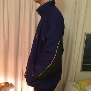 Vintage Puma jakke.   Passer L/XL :)  BYD