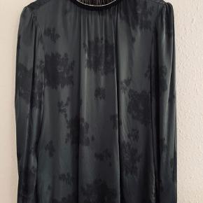 Super flot silke bluse