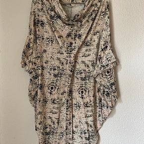 Helena Rubinstein kjole