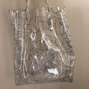 Sælger Malene Birger transparent net. Aldrig brugt, BYD!