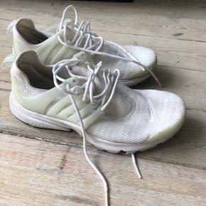 Nike air presto i hvid