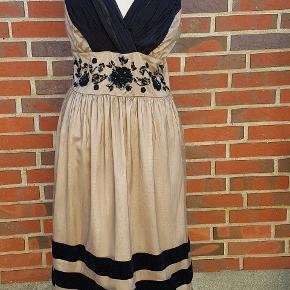 Cream kjole