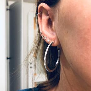 Aldrig brugt øreringe.