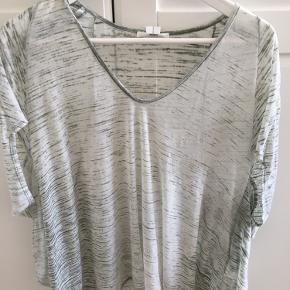 Semi-transparent løs top, hvid/olivengrøn