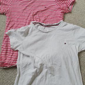 To fine Tommy hilfiger t shirts self brugt men ses ikke rigtig:)