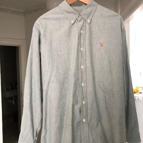 Sælger denne Ralph Lauren skjorte, som er i meget fin stand.