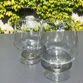 Flotte retro cognac glas ingen skår. 2 stk. 50kr