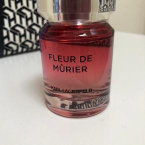 Karl Lagerfeld parfume