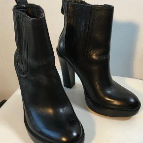Tory Burch støvler