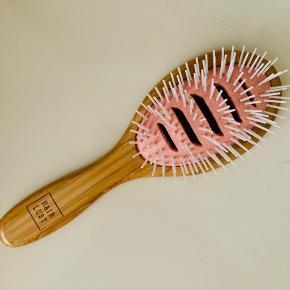 Hairlust bambus hårbørste.  Ny.