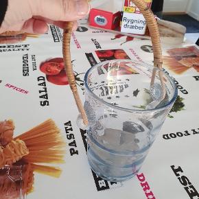 Glas is pand sælges Den har mange år på bagen men er fuldstændig intakt. 👍❤👍❤