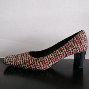Jaime Mascaro Heels