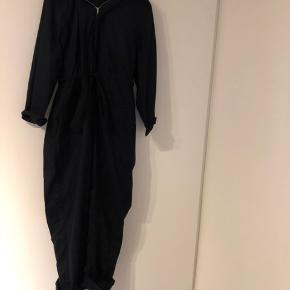 Fineste jumpsuit sælges, købt på Vestiarie Collective.