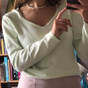 About Vintage bluse