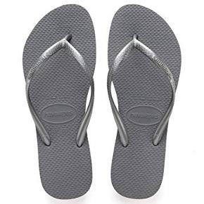 Havaianas Slim Dame Sandaler i farven Steel Grey i str. 37/38.  De er brugt hele dagen i lørdags som det eneste, men jeg må erkende at de er for små til en 38.5.  Respekter venligst at jeg ikke bytter og køber betaler porto.  Original emballage medfølger.
