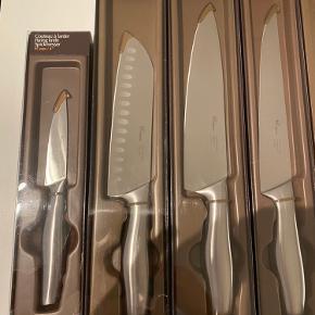 Fontignac Knivsæt - Helt nyt! Rigtig god kvalitet. Sættet er kommet tilovers efter en flytning - Knivblok medfølger.  Kan ses og hentes i Aalborg. Eller sendes til hele landet.