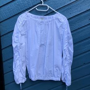 Sælger denne smukke skjorte fra Norr, byd gerne!