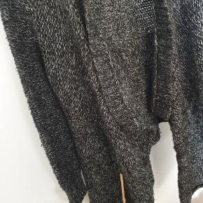 Fine italian wool ⚡⚡⚡ warm and cosy
