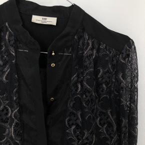 Sælger denne super flotte trøje fra DAY Birger et Mikkelsen i str. 34. Er desværre aldrig blevet brugt.