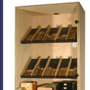 The Regular Humidor Kapazität 1000-1500 Cigarren Höhe: 167 cm Breite: 56 cm Tiefe: 42 cm. Preis anfragen werden nicht mehr beantwortet